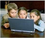 Kids in front of laptop